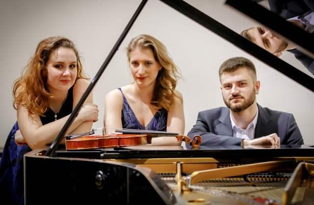 Trio-Eusebius_1